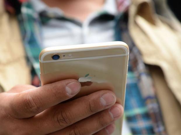 13-Mobile-Phones-AFP-1