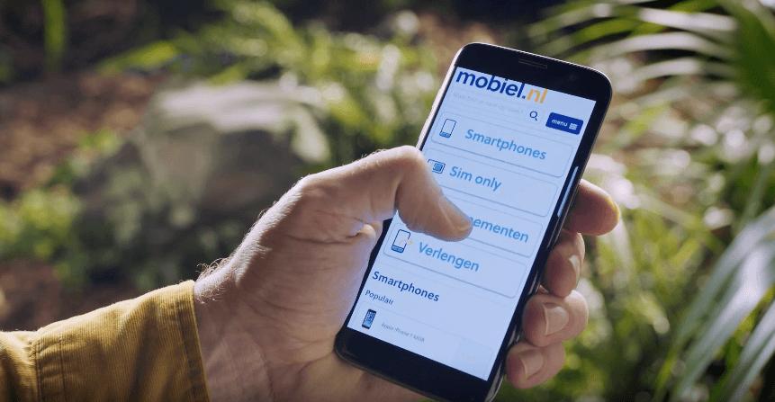 Mobiel.nl-reclame-met-mobiel-in-hand-compressor